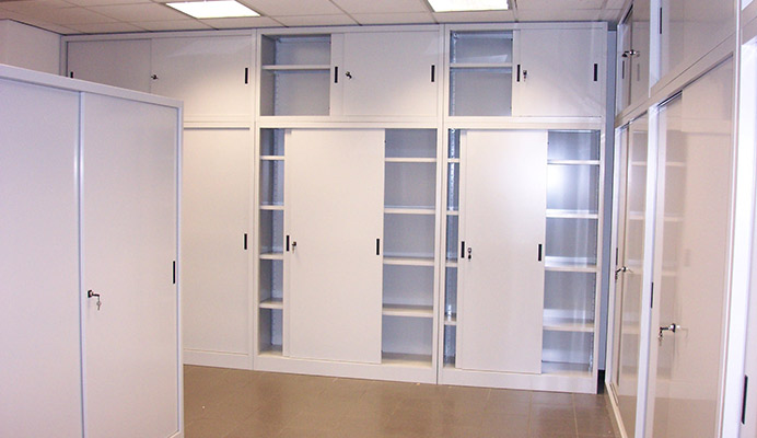 Scaffali Per Ufficio: Mobili ufficio usati compravendita arredamento ...
